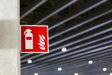 La signalétique de sécurité en cas d'incendie : pourquoi et comment ?
